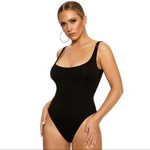 Naked wardrobe black the hourglass bodysuit S